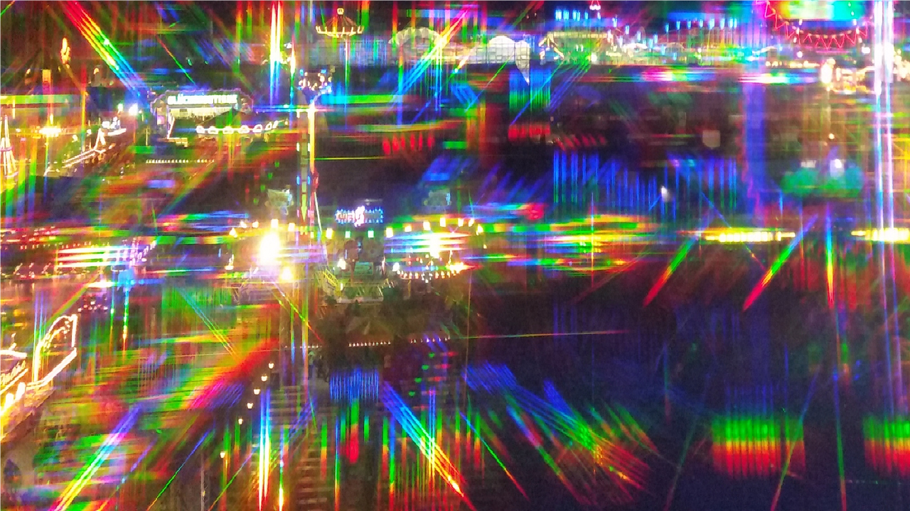 Rainbow light, prism. refract