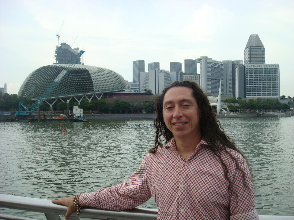 Singapore, solo travel, buddhism, durian